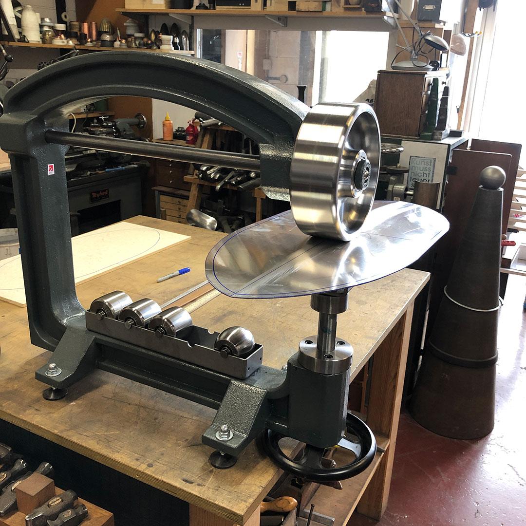 brett payne in workshop